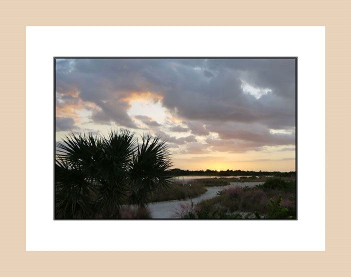Florida Sky light wood frame